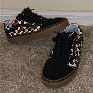 Vans Old Skool Cherry, Black and gum checkered
